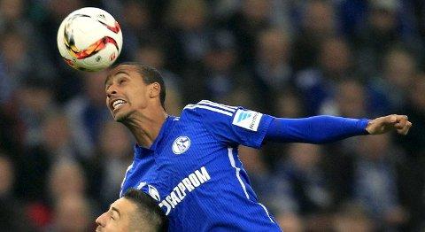 Schalke 04 og Joel Matip (t.h.) har en god statistikk mot tjekkiske lag på hjemmebane.