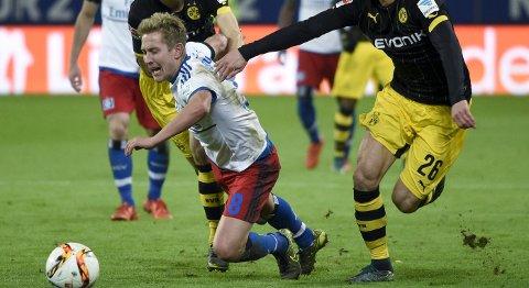 Vår oddstipper tror at Hamburger SV og Lewis Holtby taper igjen.