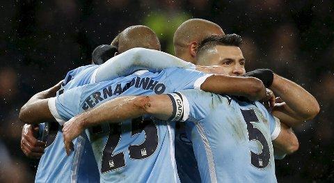 Manchester City og Sergio Aguero har en tøff oppgave foran seg søndag ettermiddag. Spurs er et av formlagene i Premier League.