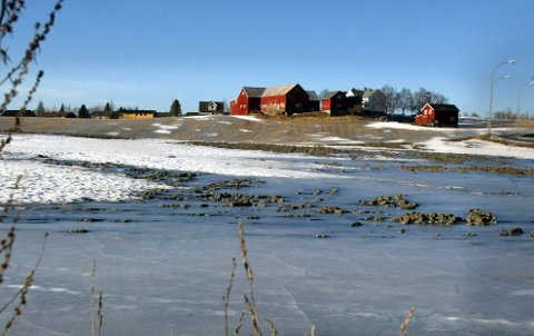 Høyre og Frp er blitt enige med samarbeidspartiene om lovendringer som gir fri pris på flere gårdsbruk.