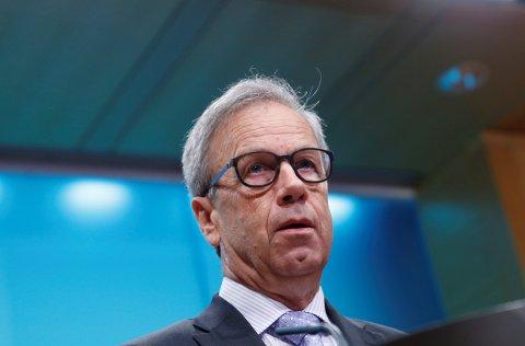 Sentralbanksjef Øystein Olsen kuttet torsdag Norges Banks styringsrente til bankene til historisk lave 1 prosent.