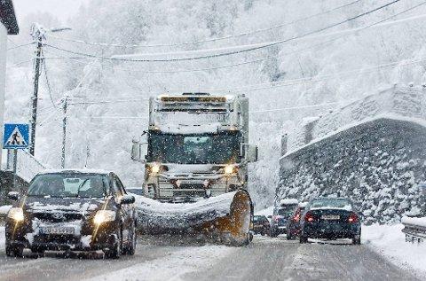 Kunnskapen om lønnsomheten ved vintervedlikehold er utdatert, mener forsker.
