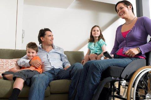 Så mange som 500.000 nordmenn står i fare for å miste huset ved langvarig sykdom, mener forsikringsbransjen.