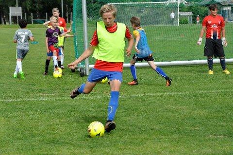 Kasper Nordsveen synes det var veldig morsomt å bli trent av Bernt Hulsker.