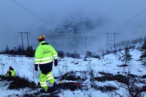 Norge har krevende værforhold. Likevel fører ikke nødvendigvis voldsomt vær til flere strømbrudd.