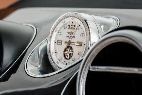 Når kjøperne er rike nok, da kan du tydeligvis også ta hva du vil for ekstrautstyret til bilen! Denne klokken er spesiallaget for Bentleys nye Bentayga.