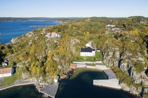 Denne tomten på Sørlandet kan bli din om du har 40 millioner kroner til overs.