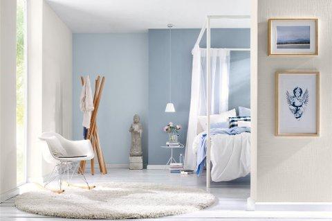 Med riktig fargekombinasjon vil fargen på veggen komme bedre til sin rett, dører og vinduer kommer bedre fram og rommets form blir tydeligere.