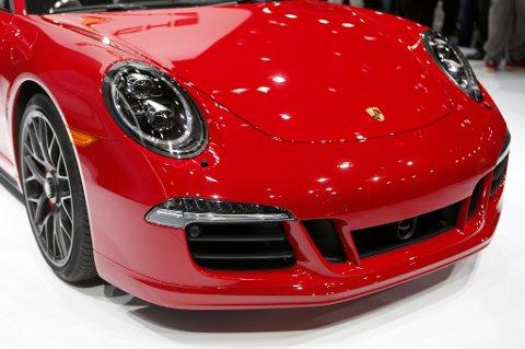 Å leie for eksempel en Porsche 911 koster rundt 3.100 kroner per dag i Tyskland.