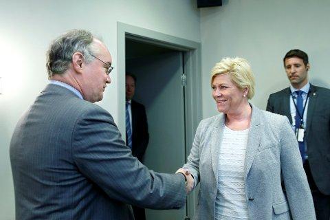 Finansminister Siv Jensen ble advart mot de norske boligprisene da hun møtte Thomas Dorsey i IMF i Oslo torsdag.
