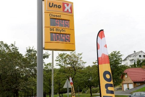 Slik var prisene på denne Uno X-stasjonen i Bergen.
