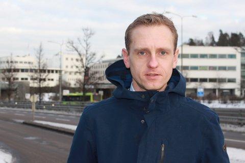 Sammenstøt mellom ulike typer trafikanter kan føre til alvorlige skader og det er all grunn til å være varsom, sier fagsjef Mats Sæterkvist i Storebrand.