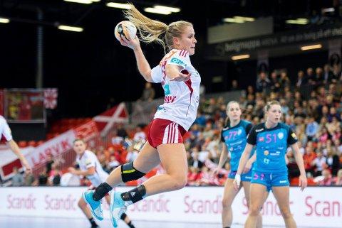 Jenny Osnes Græsholt er debutant i cupfinalen. Hun er den eneste av Larviks spillere i cupfinalen som ikke har NM-gull.