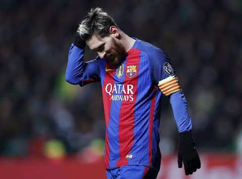 Britain Football Soccer - Celtic v FC Barcelona - UEFA Champions League Group Stage - Group C - Celtic Park, Glasgow, Scotland  - 23/11/16 Barcelona's Lionel Messi after the game Action Images via Reuters / Lee Smith Livepic EDITORIAL USE ONLY.