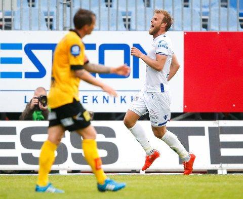 Christian Gytkjær etter sitt tredje mål mot Lillestrøm sist helg. Vi tror det blir verre mot Molde, og satser mot et FKH som har slitt lenge nå.