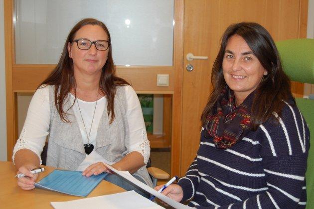 Jobbsøker: Linn Simonsen (t.v.) er på jakt etter nye karrieremuligheter, og får gode råd av karriereveileder Sonja Susnic, som er karriereveileder ved Karrieresenteret Vestfold.