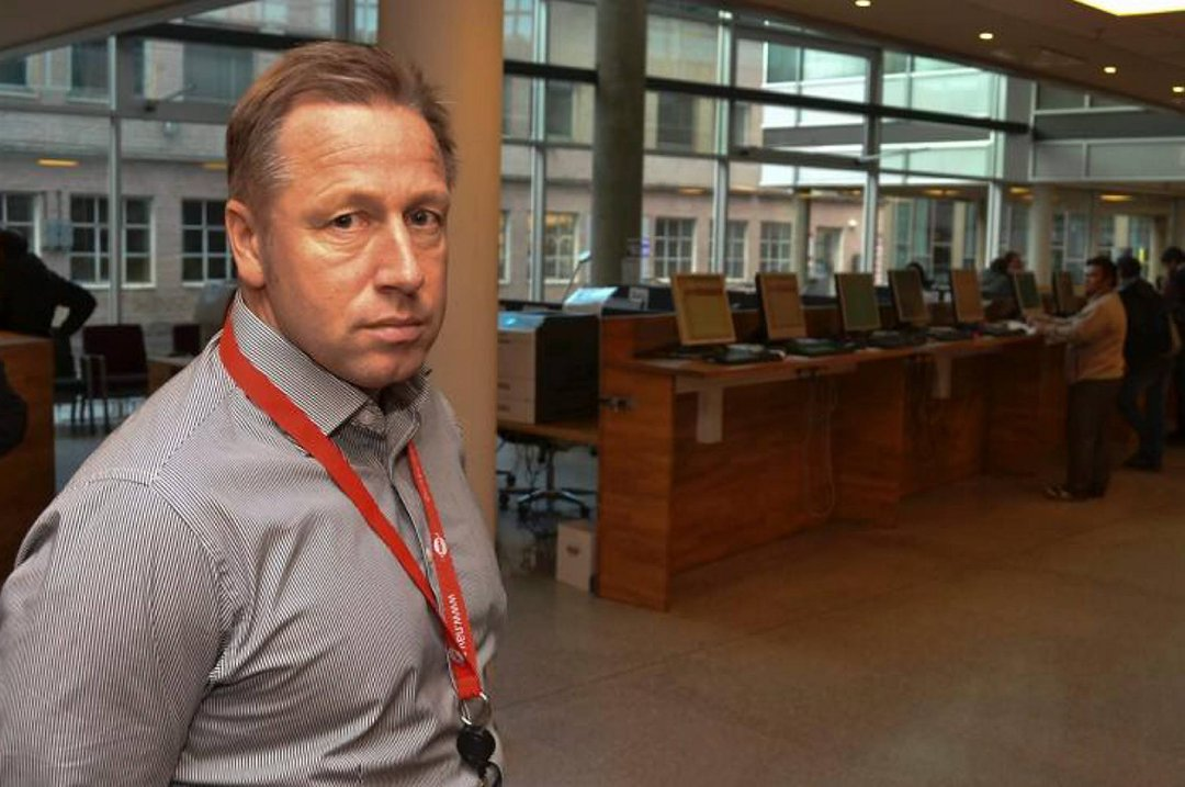 Flørte signaler mann kontor
