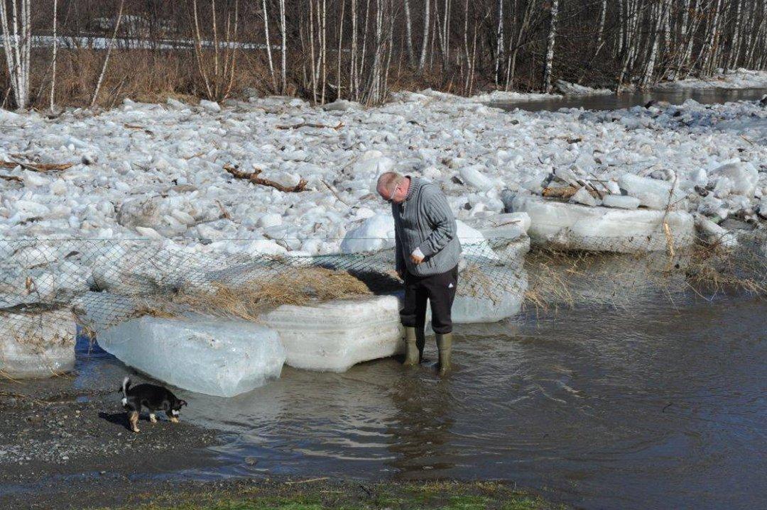 Oppland arbeiderblad   isgangen i lenaelva har roet seg