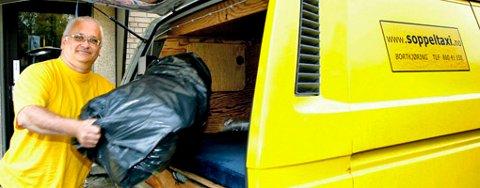 LEMPER: SøppelTaxi, her med daglig leder Gunnar K. Hansen, henter søpla hjemme hos deg og kjører det bort. FOTO: KAY STENSHJEMMET