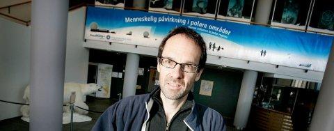 AVLYSER: Direktør Jan-Gunnar Winther legger padleturen til nordpolen på is.
