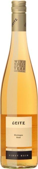 Smaken overrasker med å være veldig frisk og samtidig fruktig i Leitz Rheingau Pinot Noir Rose 2010.