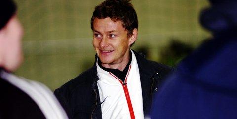 Ole Gunnar Solskjær er på reise med Manchester United når prisutdelingen skjer 31. august. Det kan bli aktuelt med utdeling en annen dato under stemnet.