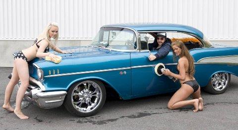Figuren Palle elsker rånete biler og pene damer. Men nå har han solgt bilen sin.