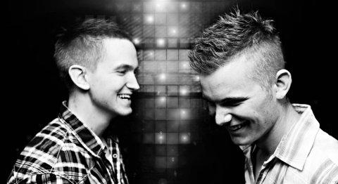 """Duoen Red Silver er kåret til Oppdrag Demo-månedsvinner i september med låten """"Eagle Dive""""."""