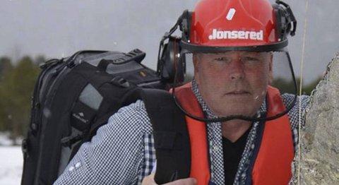 Generalpresident Per Jonny Olsen i foreningen for overtroiske i Saltdal, i den såkalte Attletklubben.