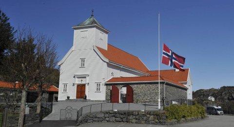 Alexander Dale Oen begraves fra Blomvåg kirke.
