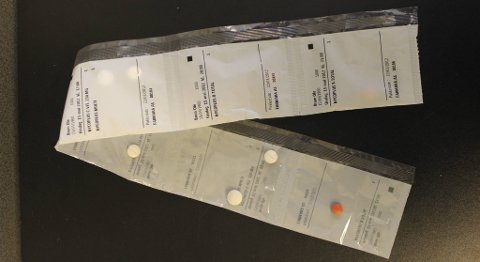 Kvinnen hadde fått ferdigpakkede medisindoser i poser.
