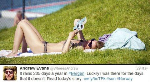 National Geographic journalisten Andrew Evans la merke til at det var blondiner i bikini i hver en park i Bergen, da han var her i slutten av mai.