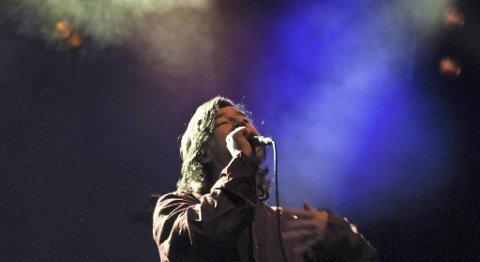 Bloody Beach-vokalist Arne Håkon Tjelle, her fra en konsert på Sentrum Scene under Bylarm i fjor.