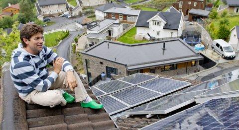 Familien Nakling i Sædalen er BKKs eneste privatkunde som også er plusskunde - de leverer strøm til BKK.