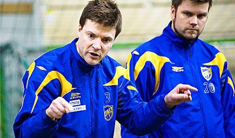 Bodø/Glimts, Runar Berg, mener Aasmund Bjørkan er den perfekte motivatoren og har stor tro på han som trener for Alta IF. Her sammen med sportssjef og mulig assistenttrener, Rune Berger. Foto: Frank Rune Isaksen