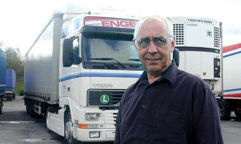 føler seg dårlig behandlet: Jan Trygve Enger mener bilene er hans og at han burde blitt frarådet å inngå avtale med Fokus bank. Han mener slett ikke at han skylder Fokus bank penger.         Arkivfoto