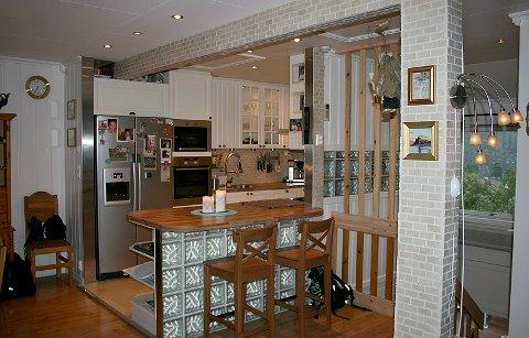Firda   slik kan du pusse opp kjøkkenet med flis