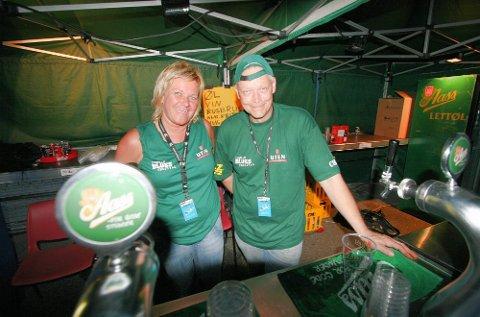 Christin Launy og Arne Thun sørget for at ingen ganer ble tørre.