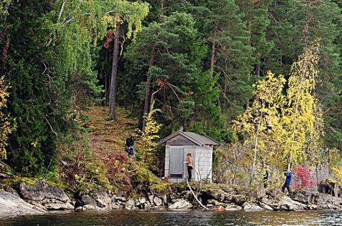 Pumpehuset på Utøya ligger helt nede ved vannet hvor mange gjemte seg.