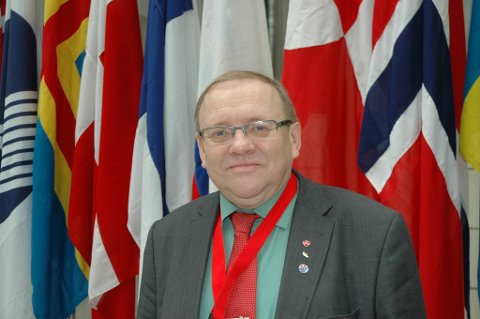 Stortingsrepresentant Bendiks Arnesen (Ap)vil ikke ha noen eget nordisk EU-kontor i Brussel.