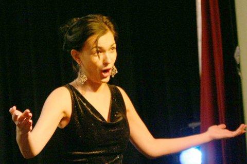 MEKTIG: Lilly Jørstad gjorde suksess med Arkhangelsk State Chamber Orchestra.