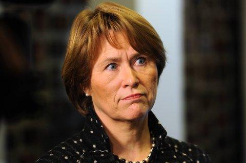 Justis- og beredskapsminister Grete Faremo vil forbedre beredskapen blant annet ved å opprette et døgnbemannet, sivilt situasjonssenter i departementet.