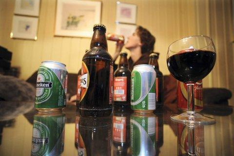 En undersøkelse gjennomført av Juvente viser at fire av ti butikker solgte alkohol til mindreårige.