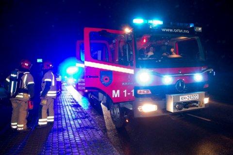 Brannvesenet sendte røykdykkere inn til tanken.