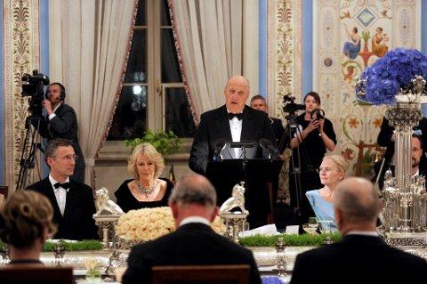 Kongen holdt tale under tirsdagens middag på Slottet.