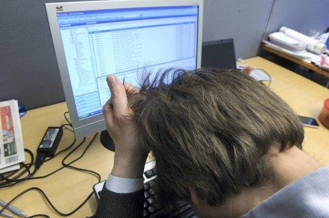 Hva skjer hvis konflikter på jobben fører til at du holder deg hjemme. Har du rett på sykepenger da?