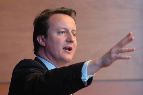 David Cameron besøker Myanmar.