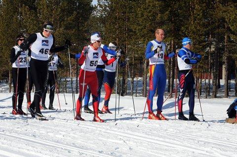 Finn Hågen Krogh (50) kom først i mål på Karasjokrennet på tiden 1.31.50, mens Bjørn Vidar Suhr (46) kom inn som nummer to og Lasse Østmo (19) som nummer tre.