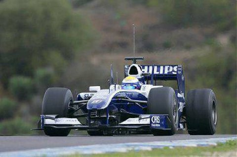 Nico Rosberg har beste startspor i Kina.