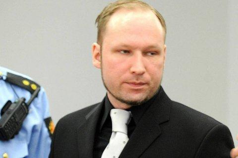Anders Behring Breivik får russisk støtte i et nettverk som er opprettet.